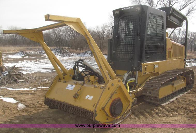 F7231.JPG - 2007 Rayco C87FM XP Super Crawler brush cutter , 716 hours on meter , Hours may vary, still in use ,...