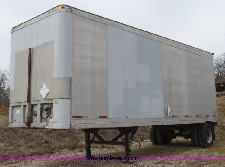 G2243.JPG - 1991 Fruehauf F100BB 9 NF1 28 enclosed trailer , 28L x 112 quot H side walls , Roll up rear door , 9...