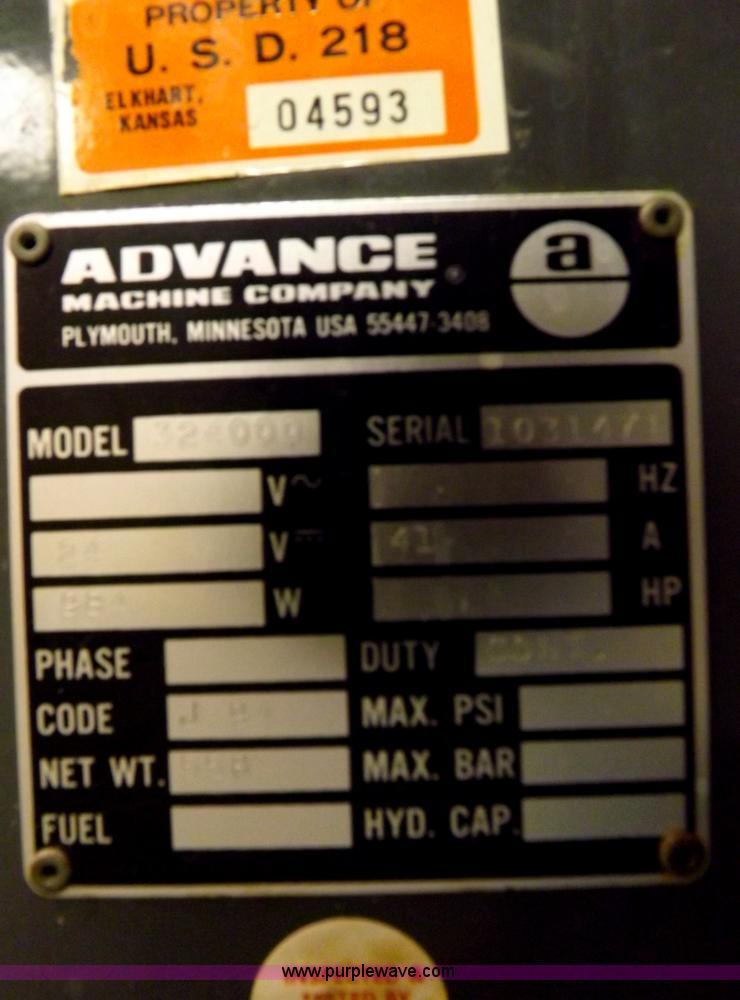 advance machine company floor scrubber