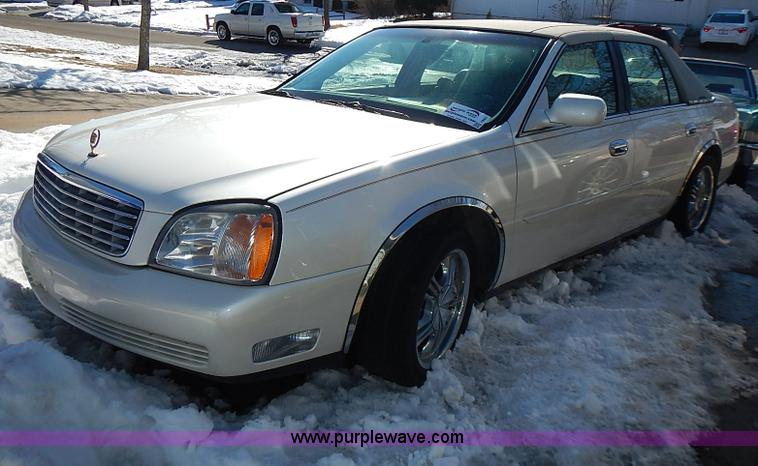 I9421.JPG - 2001 Cadillac DeVille , Approximately 145,000 miles , 4 6L V8 DOHC 32V gas engine , Engine locked up...
