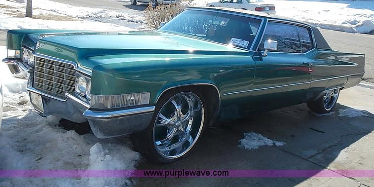 I9423.JPG - 1969 Cadillac Coupe DeVille , 151,348 miles on odometer , 7 7L V8 gas engine , Automatic transmissio...