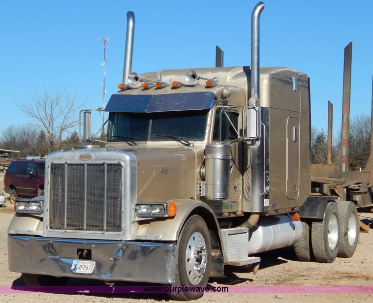 B4838.JPG - 1998 Peterbilt 379 semi truck , 1,471,696 miles on odometer , Caterpillar 3406 14 6L L6 diesel engin...