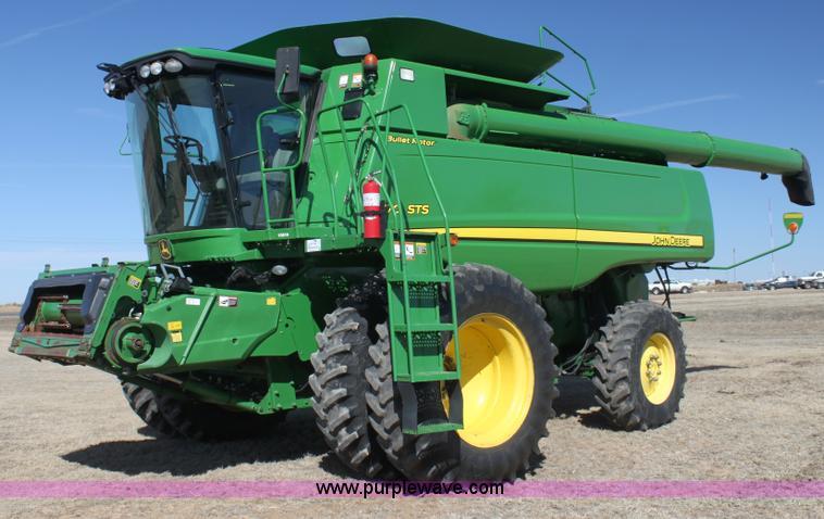 G4066.JPG - 2010 John Deere 9770 STS RWA combine , 1,965 engine hours on meter , 1,410 separator hours on meter ...