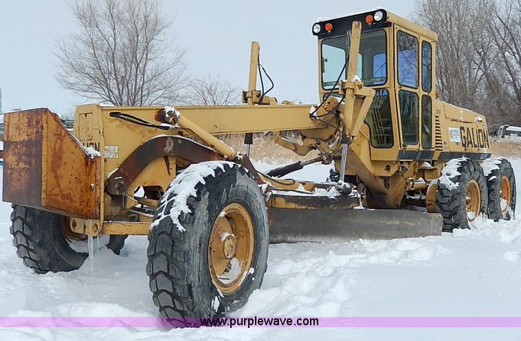 H1358.JPG - 1987 Galion A500 articulated motor grader , 4,812 hours on meter , International six cylinder diesel...