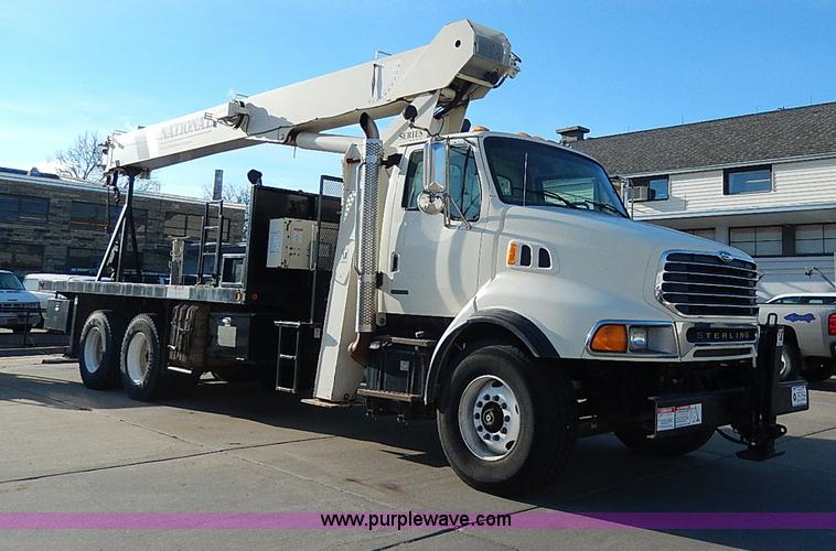 I9408.JPG - 2001 Sterling L9500 National 1100 crane truck , 10,560 miles on odometer , 1,916 hours on truck mete...