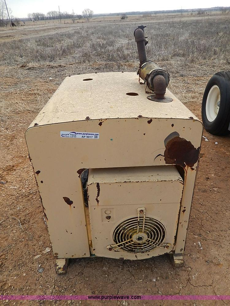 AP9017A.JPG - NAN electric generator , Model 60DJ5 3CR17AA , Serial 1789L70265 ...