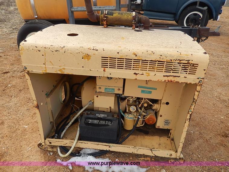 AP9017B.JPG - NAN electric generator , Model 60DJ5 3CR17AA , Serial 1789L70265 ...