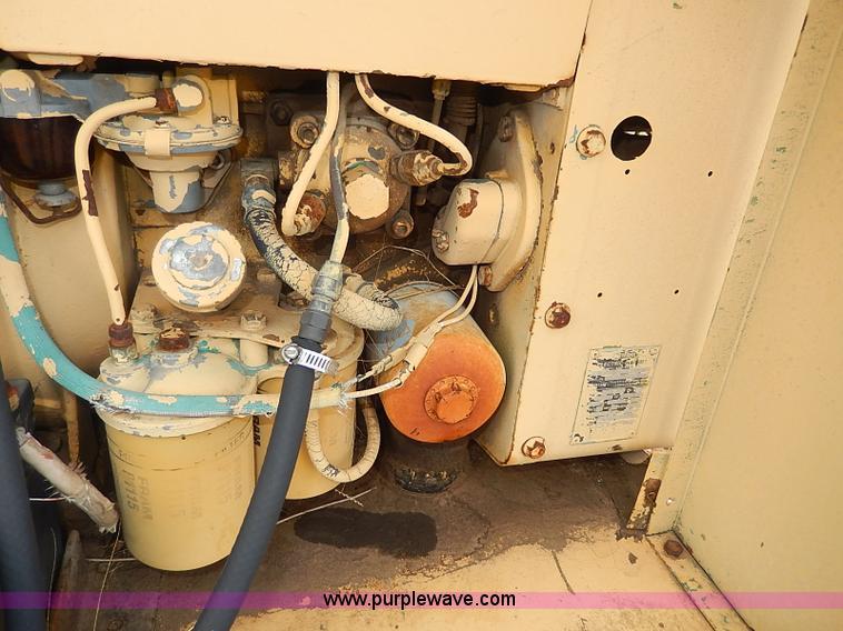 AP9017F.JPG - NAN electric generator , Model 60DJ5 3CR17AA , Serial 1789L70265 ...