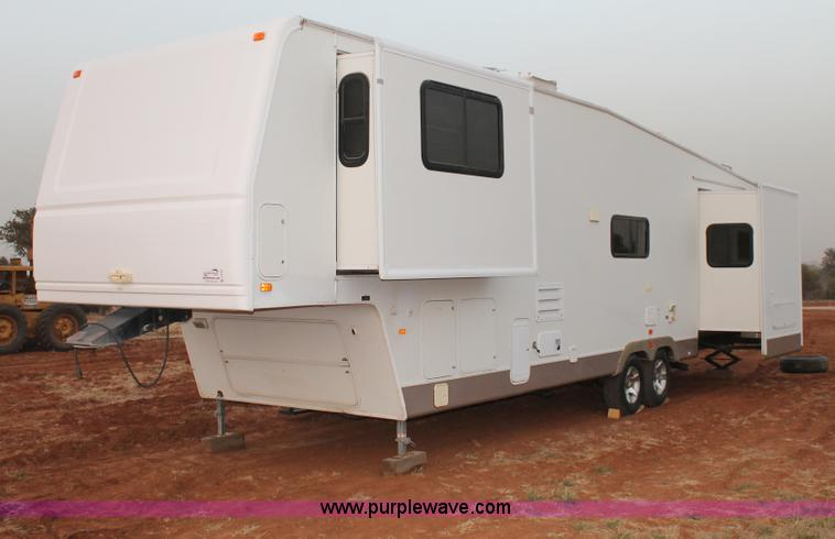 C3759.JPG - 2004 Fleetwood 36 5 RV fifth wheel trailer , 4 slide outs , Retractable awning , Front and rear stor...