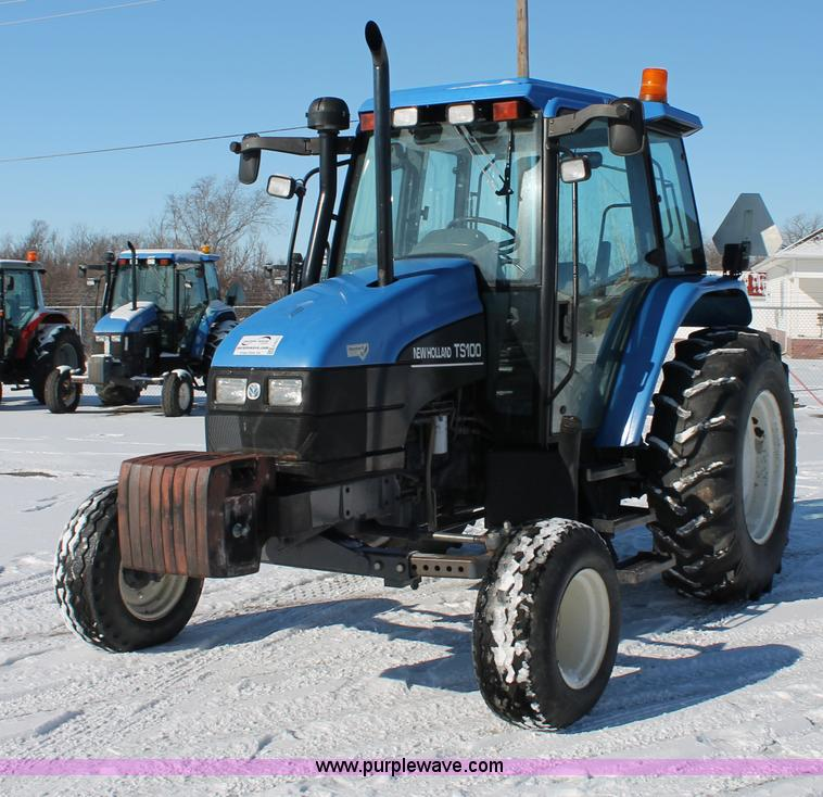 G8217.JPG - 2002 New Holland TS100 tractor , 5,119 hours on meter , 304 C I D four cylinder diesel engine , Sync...