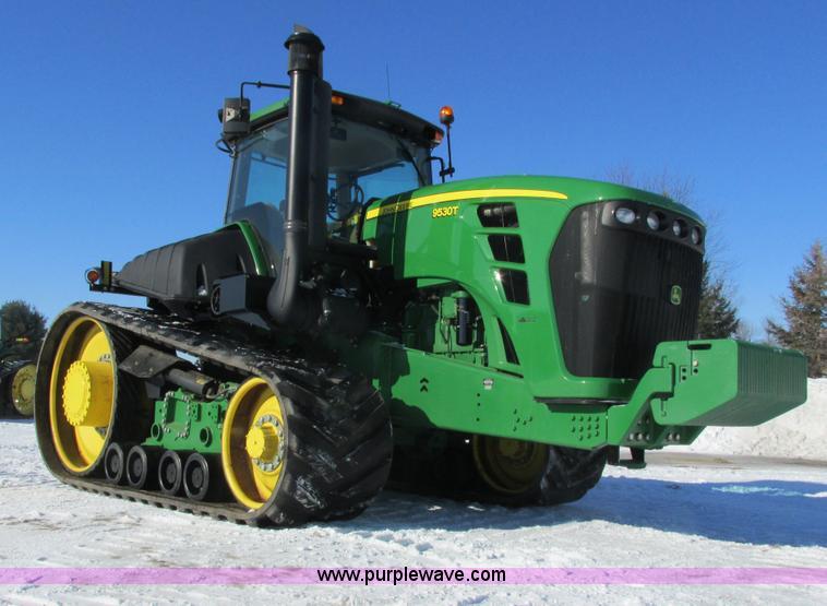 G8844.JPG - 2010 John Deere 9530T tractor , 1,796 hours on meter , John Deere six cylinder diesel engine , Seria...