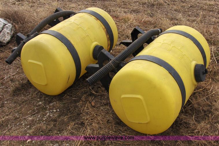C1858.JPG -  2 70 gallon liquid fertilizer tanks , Removed from John Deere planter ...