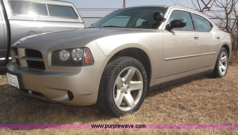 F7293.JPG - 2008 Dodge Charger SE , 134,871 miles on odometer , 5 7L V8 OHV 16V gas engine , Automatic transmiss...