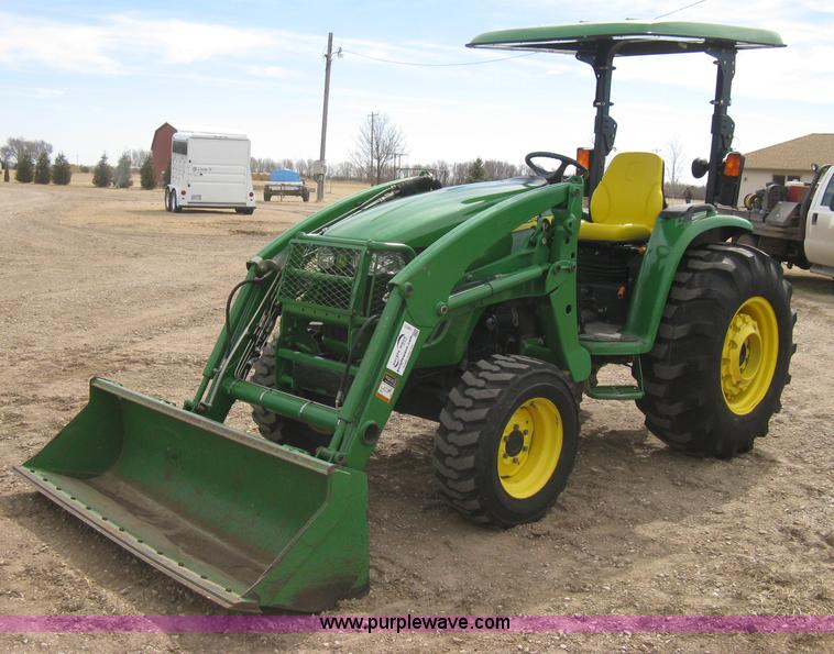 I5611.JPG - 2006 John Deere 4720 MFWD tractor , 752 actual hours , John Deere 4024TLV08 four cylinder diesel eng...