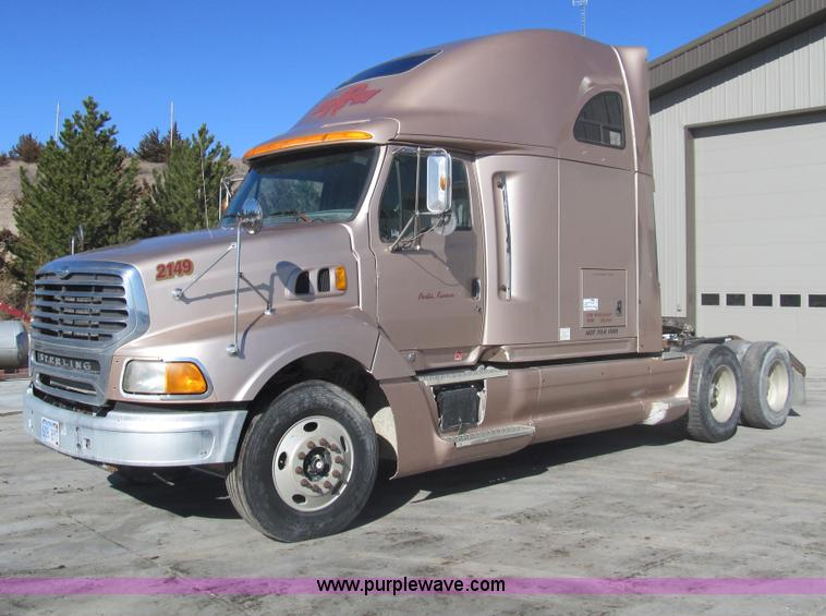 1998 Sterling At9522 Semi Truck