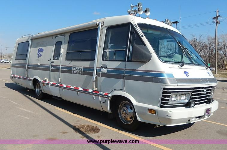 motorhome tires 22 5 with 3 on Rv Rialta 2015 in addition 1984 Ford 22 C Class Trades Considered 4500 3845835 also Michelin Quality 22 5 Truck Tires 60313404786 moreover Tire Covers 14 Inch further 199637 19 5 Direct Fit Alcoa Rims Tires 05 08 F350 Dually.