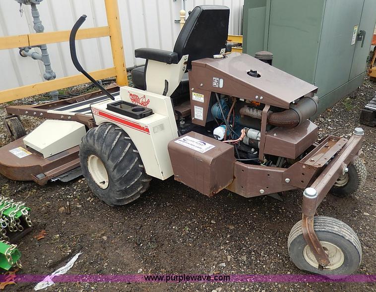 Kubota All Wheel Drive Lawn Mowers 36 Quot Cut : Grasshopper ztr lawn mower no reserve auction
