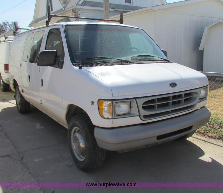 1995 Ford Econoline E350 Cargo Camshaft: Vehicles And Equipment Auction In Manhattan, Kansas By