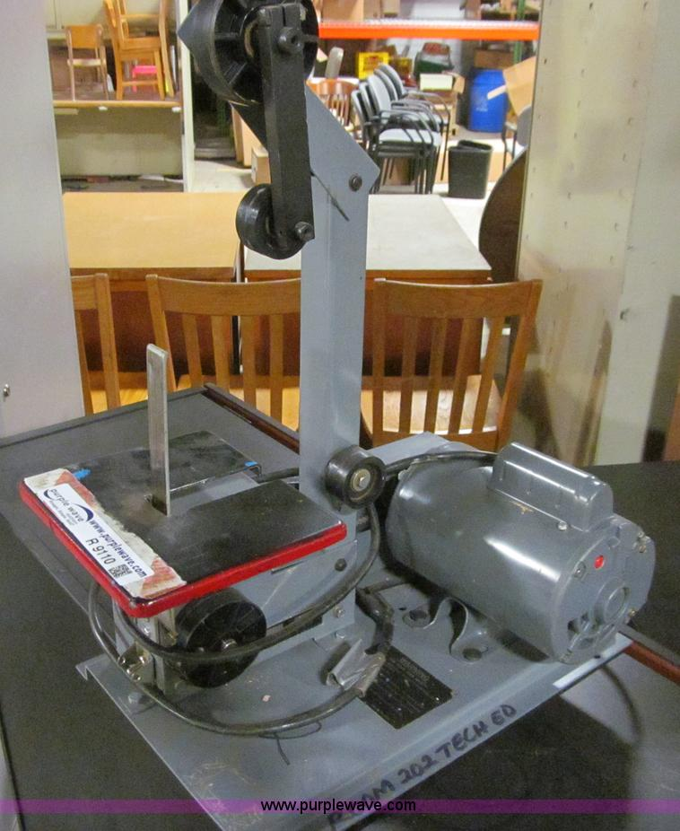 No Reserve Auction On Tuesday May 07: (2) Rockwell Sander Grinders