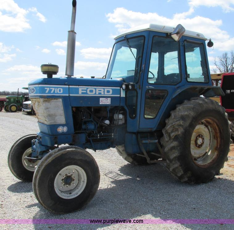 4 Door Tractor : Ford tractor no reserve auction on wednesday
