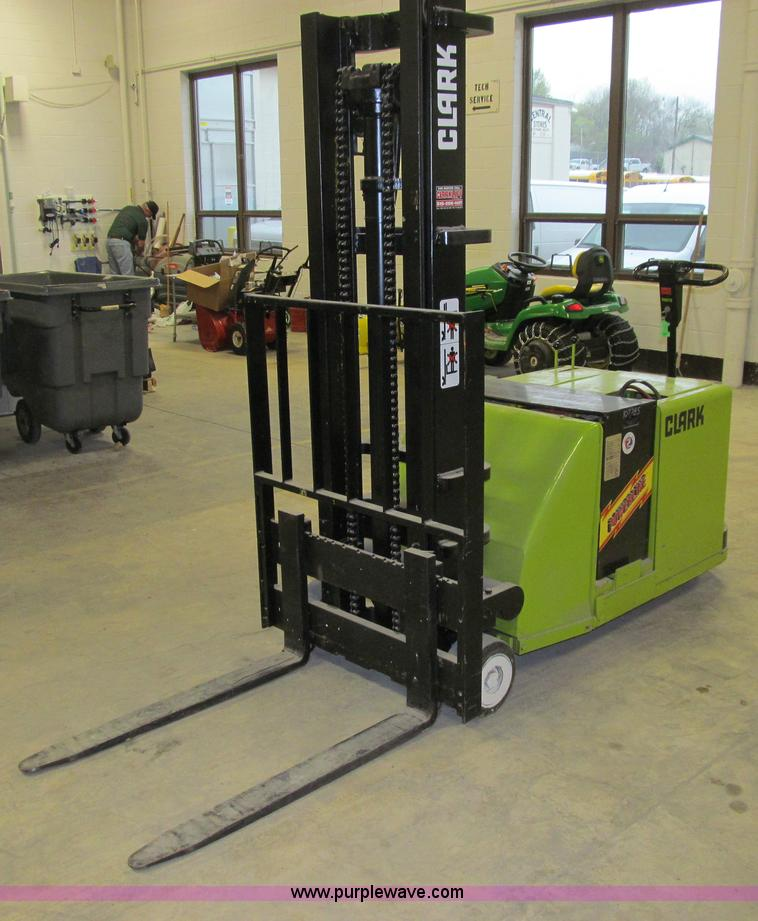 No Reserve Auction On Tuesday May 07: Clark ST40 Powerworker Electric Stacker