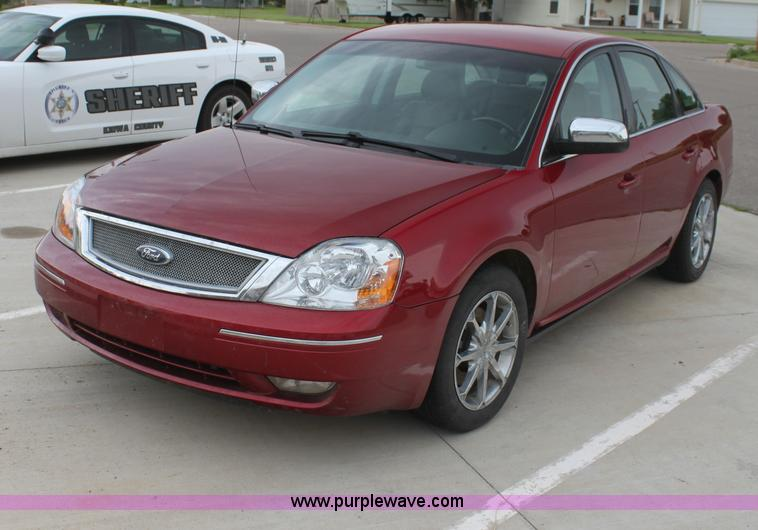 2007 Ford Five Hundred Limited | no-reserve auction on ...