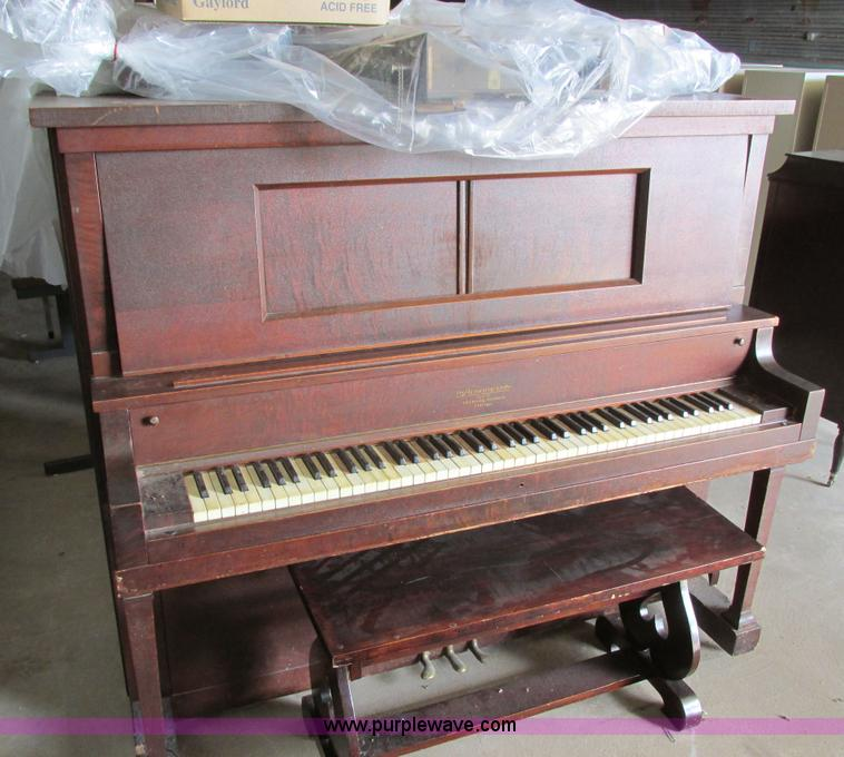 Junction city ks police department seized asset auction in for Piano diviso