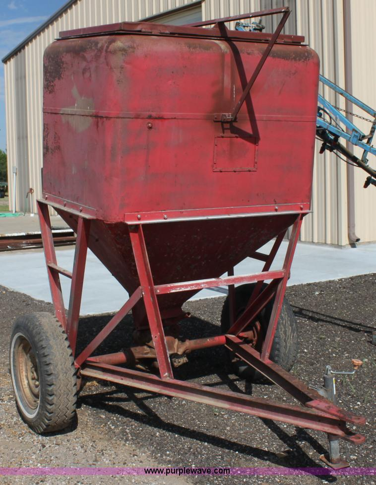 Portable Feed Storage Bins : Crop production services surplus fleet auction in
