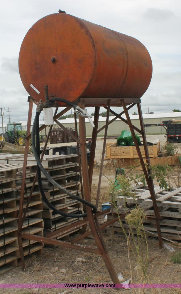 Farmers Gas Tank : Vehicles and equipment auction in cherryvale kansas by
