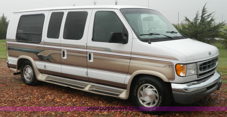 1999 Ford Econoline E150 Conversion Van