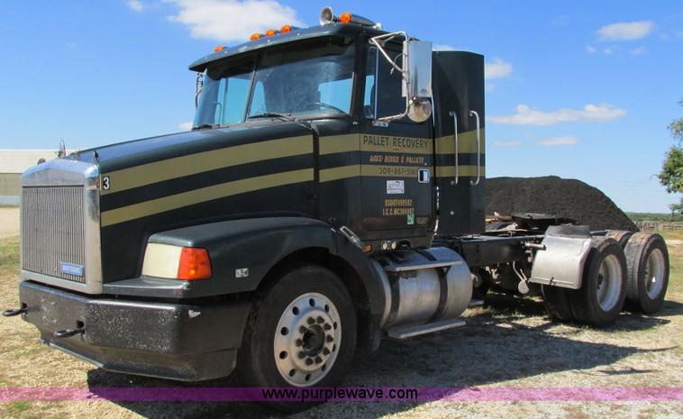 truck and trailer auction colorado auctioneers association 1995 volvo wca semi truck