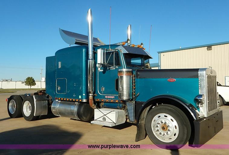 Truck and trailer auction colorado auctioneers association for Wood floor for 379 peterbilt