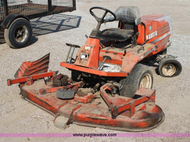 Kubota All Wheel Drive Lawn Mowers 36 Quot Cut : Kubota f lawn mower no reserve auction on tuesday
