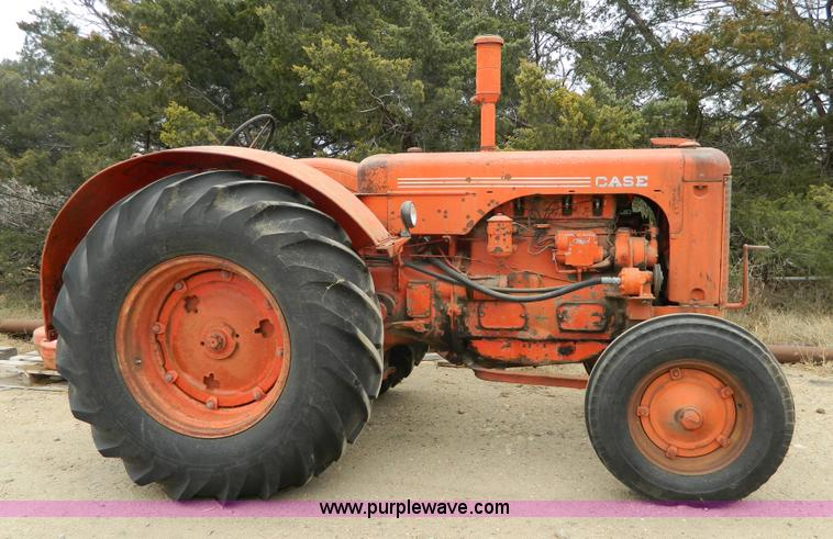 Case Gas Tractor : Vehicles and equipment auction in lenexa kansas by purple