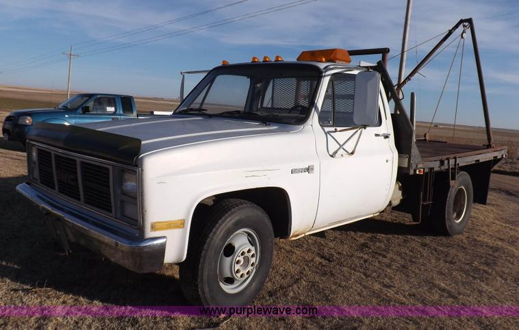 1987 gmc sierra 3500 flatbed truck