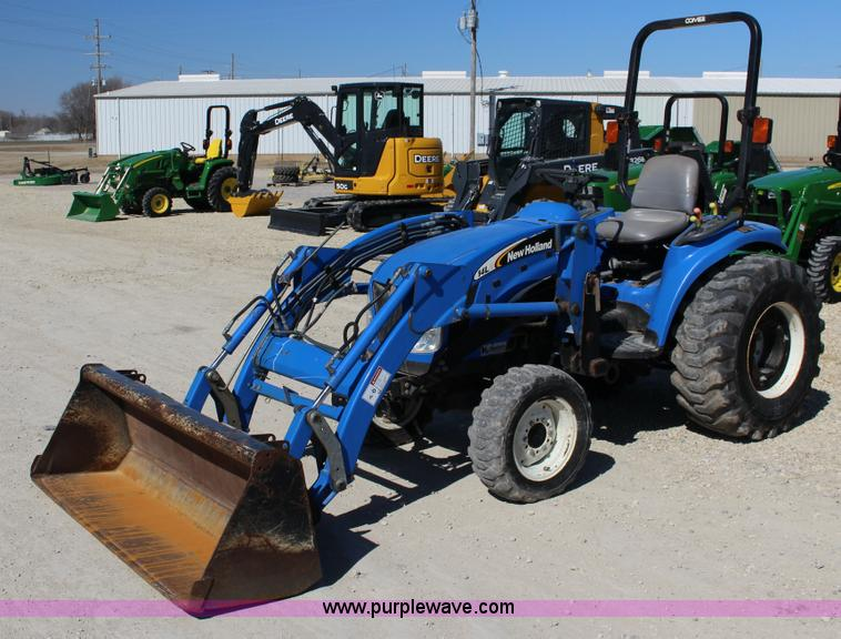 New Holland Compact Utility Tractor : New holland tc da mfwd compact utility tractor no