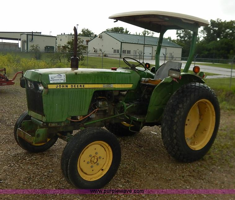 John Deere 950 Tractor Seat : Auction listings in auctions purple wave inc