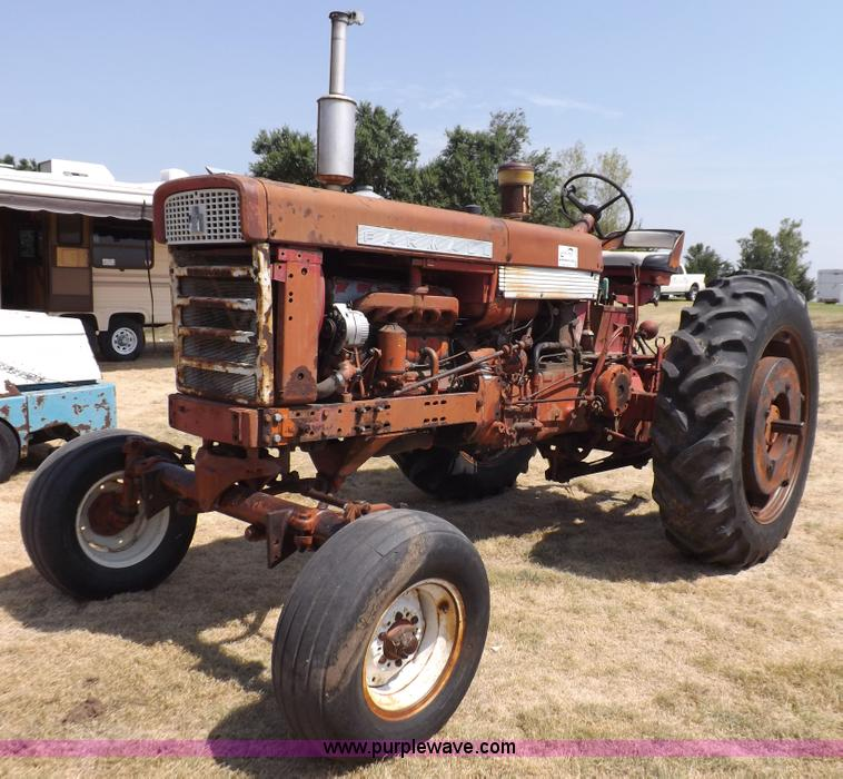 International 560 Fenders : Wednesday august ag equipment auction in by purple
