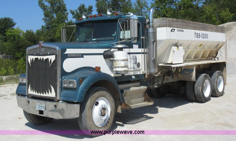 Vehicles And Equipment Auction In Wichita Kansas By Purple Wave Auction Fascinating Kenworth W900l Shift Pattern
