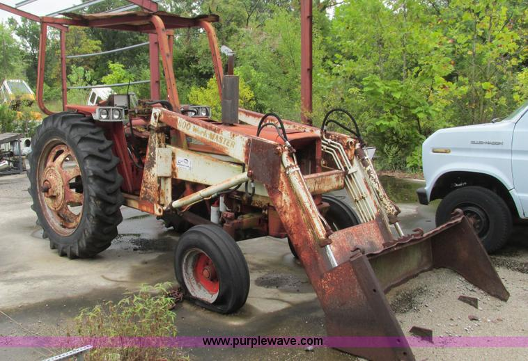 International 574 Tractor Seat : Auction listings in auctions purple wave inc