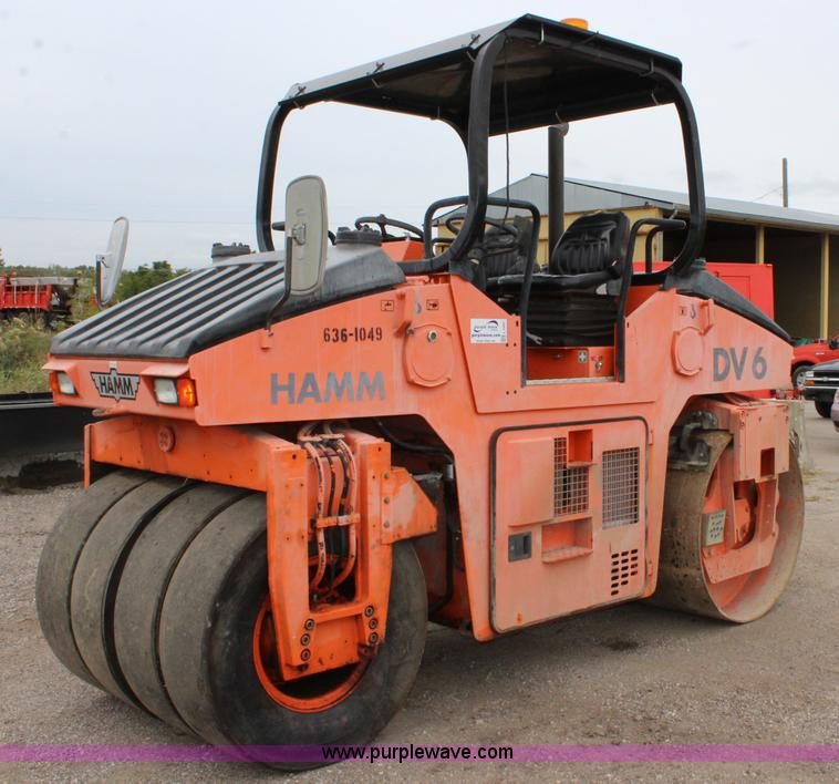 No Reserve Auction On Tuesday May 07: 1999 Hamm DV6K Combination Roller
