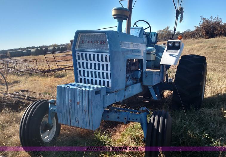 Ford 8000 Tractor Seat Parts : Ford tractor no reserve auction on tuesday