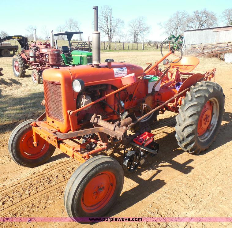 Allis Chalmers B Fuel Tank : Allis chalmers b tractor no reserve auction on wednesday