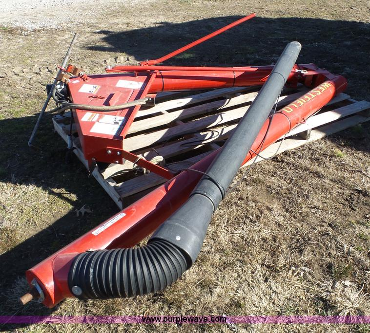 Ag equipment auction in lyons kansas by purple wave auction