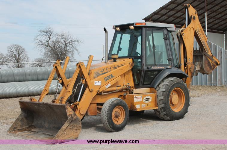 Case 580l Backhoe Seat : Construction equipment auction in wichita kansas by