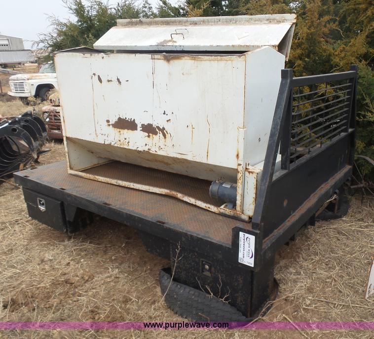 L7252 ag equipment auction in leon, kansas by purple wave auction  at edmiracle.co