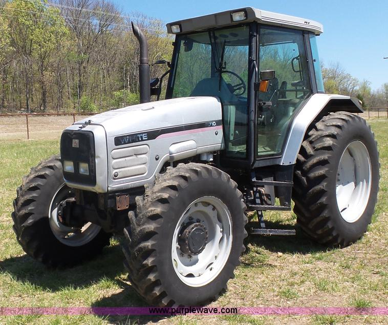 Agco Tractor Front Fenders : Ag equipment auction in by purple wave inc