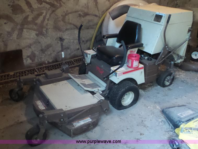 Kubota All Wheel Drive Lawn Mowers 36 Quot Cut : Auction listings in auctions purple wave inc