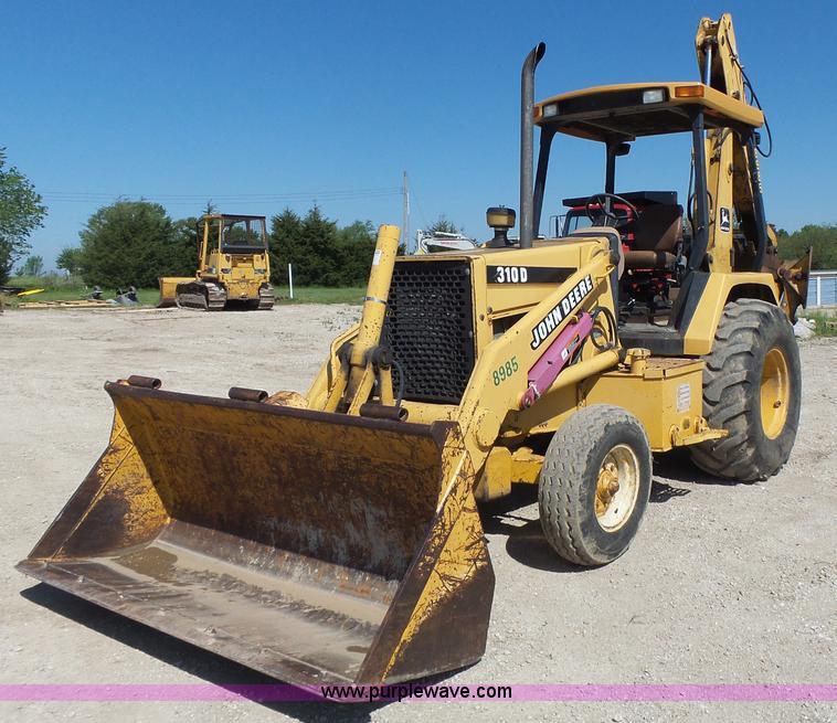 John Deere 310d Backhoe Seat : Construction equipment auction in topeka kansas by purple