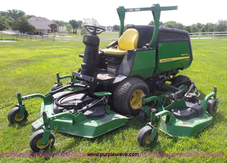 John Deere Lawn Mower Turbo : Vehicles and equipment auction in wichita kansas by